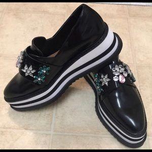 Zara black shoes, with jewel detail.